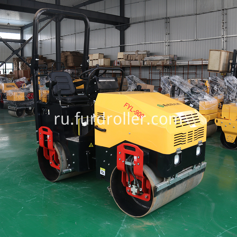FYL-900 Mini Road Roller Machine